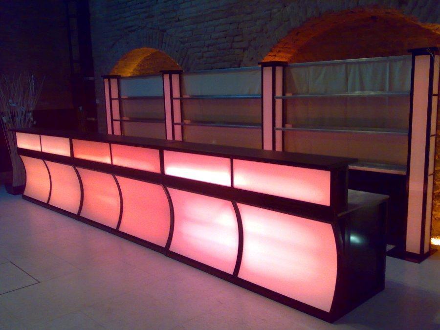 mit led beleuchtung indirektes licht decke bilder ideen avec led beleuchtung bad decke et. Black Bedroom Furniture Sets. Home Design Ideas
